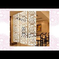 Dekorasi Penyekat Ruangan Tirai Gantung Warna Putih