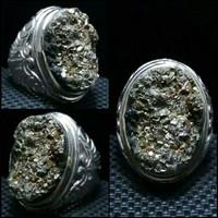 Batu akik pirit badar emas Papua antik