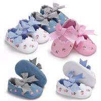 sepatu prewalker motif bunga untuk bayi perempuan