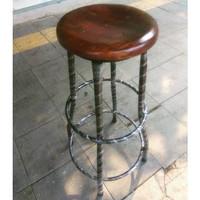 Kursi Bar / Bangku Kayu Bulat Kaki Besi Tinggi 75cm