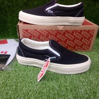 Sepatu Casual Vans slip on premium riel picture