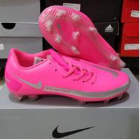 Sepatu Bola Nike Phantom GT Academy Pink Fg