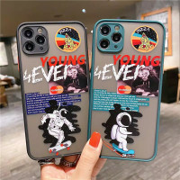 CASE IPHONE YOUNG 4EVER 6/7/8/11/S/PLUS/PRO/X/XR/XSMAX