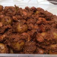 Rendang kentang dan kacang merah atau rendang kacang merah saja/ makan
