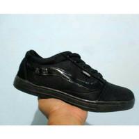 Sepatu sekolah vans full hitam