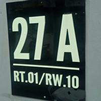 nomer rumah bahan arkilik 2mm di sablon 15x20