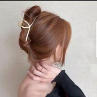 Jepit Rambut Model Cakar Bahan Metal Gaya Korea