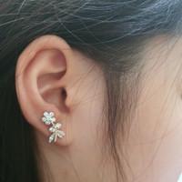 Anting Perak Wanita Dilapisi Emas Putih Bentuk Tanaman Bunga Cantik