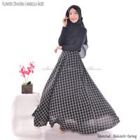 Almira Rok Panjang Wanita Muslimah Plaid Monochrome Umbrella Skirt