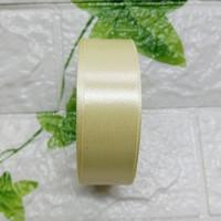 Pita Satin 1 Inch (2,5cm) warna pertama per roll - 1. Kuning Pupus