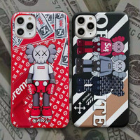 CASE IPHONE KAWS X SUPREME 7/8/11/12/S/PLUS/PRO/X/XR/XS/MAX
