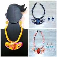 Kalung Batik WanitaTopeng Ukel & Anting