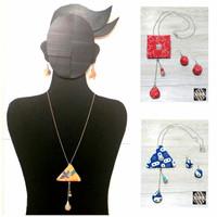 Kalung Wanita Batik dan Anting