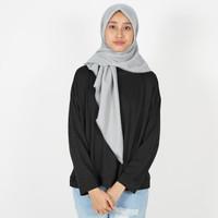 Saudia Jilbab Hijab Abu Misty Silver Segiempat Kerudung Rawis Voal
