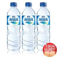Aqua Air Mineral Botol Tanggung Sedang 600ml 600 ml per Dus Karton