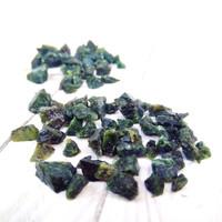Natural Black Jade Bahan Orgonite Healing - Kerikil Pecahan