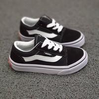 Sepatu sneakers anak laki perempuan vans oldskool klasik hitamputih
