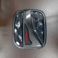 Tank cover mobil toyota FORTUNER 16 CARBON