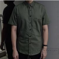 Kemeja lengan pendek slimfit pria hijau polos plain army shirt