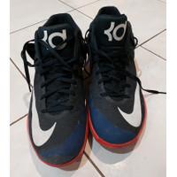 Sepatu basket Nike KD trey V 5