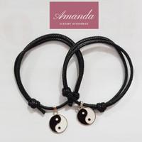 Gelang couple tali korea hitam bandul yin dan yang 2 buah per set