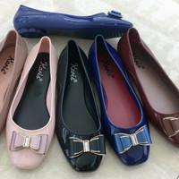 Sepatu wanita cantik bahan jelly A068 karis