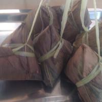Bacang isi daging babi - Nasi Polos