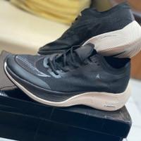 Sepatu Nike Zoom Vaporfly Next% Black White