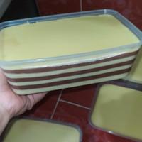 Balapis Manado / Kue Lapis Manado Medium (750ml)