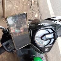 Holder Hp Besi Stainles Sepeda Motor Universal