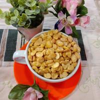 Kacang koro asin(tanpa kulit) dengan rasa asin, gurih dan renyah
