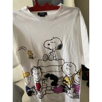 Bershka x Peanuts pakaian wanita baju