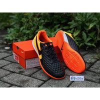 Sepatu Futsal Nike Legend 8 Academy IC Black Orange AT6099-008 ori