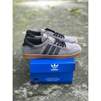Sepatu casual Pria - Adidas Hamburg casual - GREY BLACK, 39