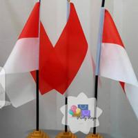 bendera meja merah putih