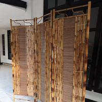 Sketsel Partisi Ruangan 3 Pintu Pembatas Minimalis