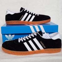Sepatu Pria Sepatu Adidas Hamburg Black White 2 Sepatu Cowok Murah