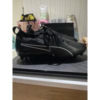 Sepatu sepak bola puma evoknit hitam