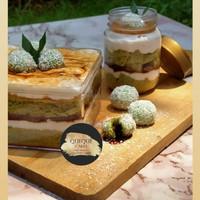 Klepon Cake Gluten Free Dairy free jar cake dessert box QueQue Cakes
