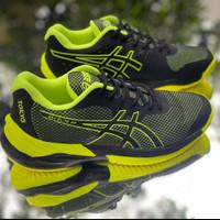 sepatu olahraga pria merek assic/volly jalan /jogging