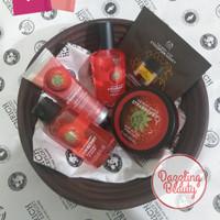 Paket Seserahan The Body Shop Strawberry