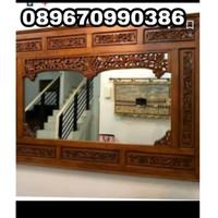 figura cermin ukir 120 X 100