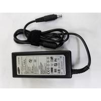 Adaptor SAMSUNG NP355 NP355V4X NP350 NP270 NP275 R428 R429 19V 3.16A