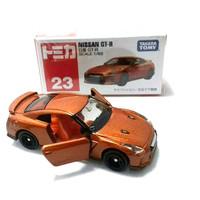 TOMICA NISSAN GT-R GTR ORANGE DIECAST MOBIL SPORT CAR SEDAN BALAP RACE