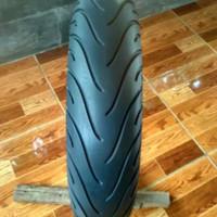 sepasang ban merk Michelin 110/70 130/70 ring 17 tubeles