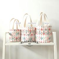 [ BURNET ] Hampers Bucket Bag Kanvas Motif Tas Souvenir Canvas Bag