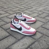 Sepatu Sneakers Pria Nike Daybreak White Pink Black Original
