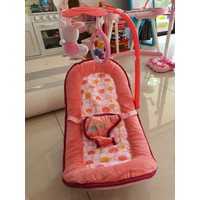 Baby elle rocking chair pink bouncer baby chair