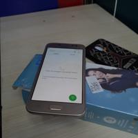Samsung J2 Pro 1.5/16GB fullset minus getar ngak ada,shadow
