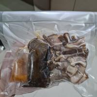 Sekba (babi kecap) lengkap dengan kuah